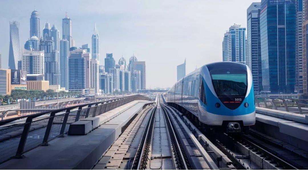 新品发布:联瑞重磅推出可靠的铁路解决方案M12接口网卡